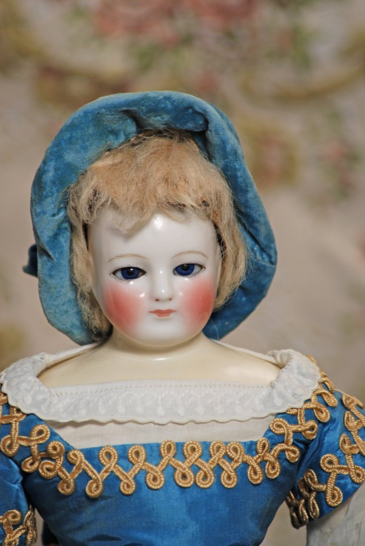 FRENCH PORCELAIN POUPEE WITH BLUE GLASS EYES ATTRIBUTED - 3