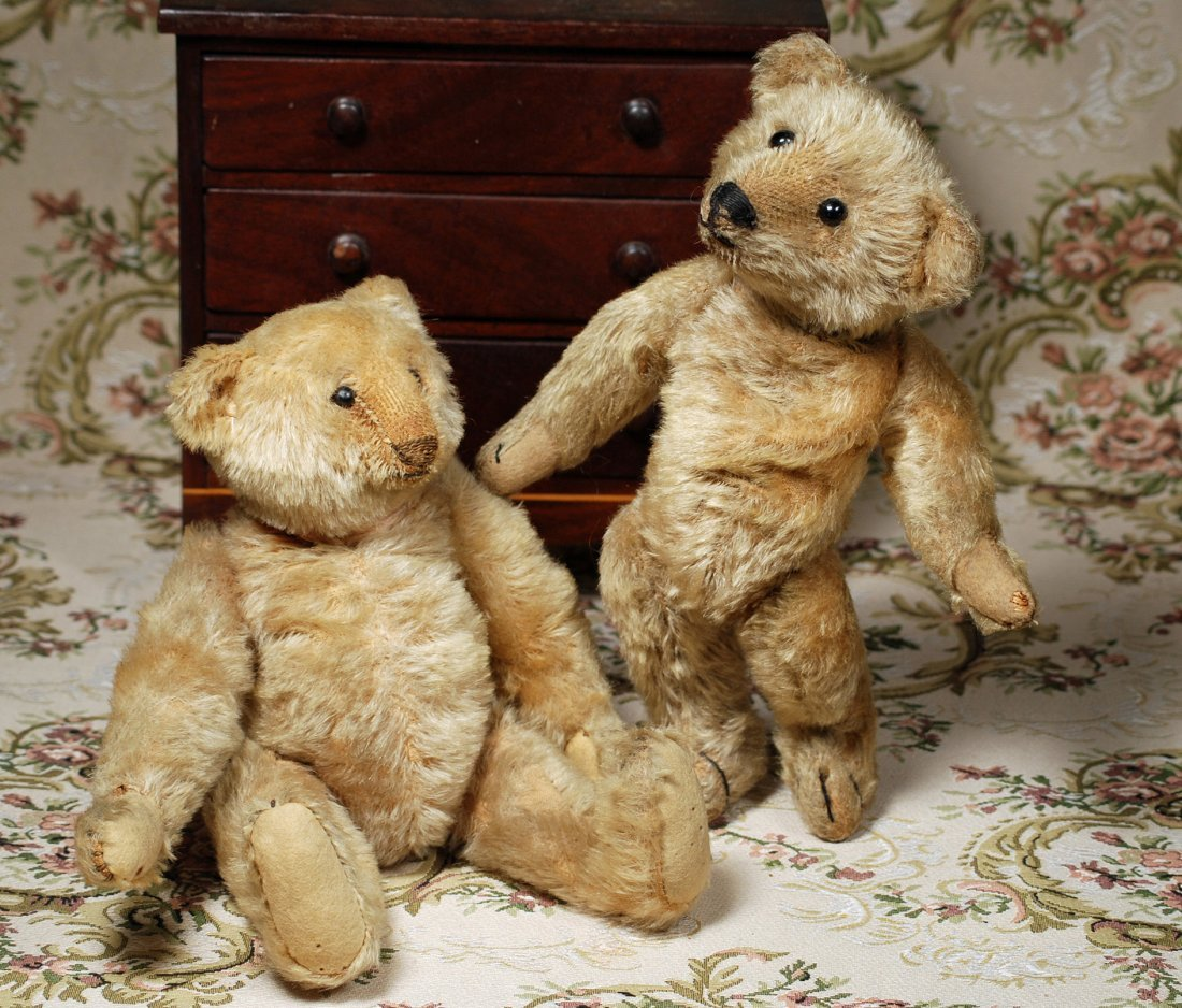 TWO EARLY GERMAN MOHAIR TEDDY BEARS - 2