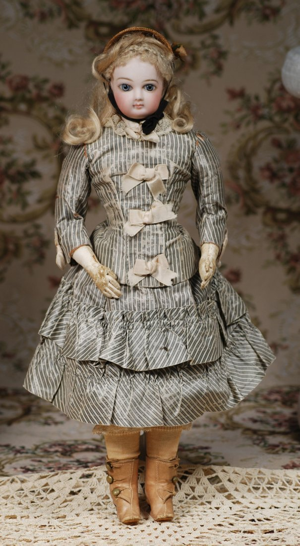 FRENCH BISQUE POUPEE BY JUMEAU IN ORIGINAL COSTUME - 2
