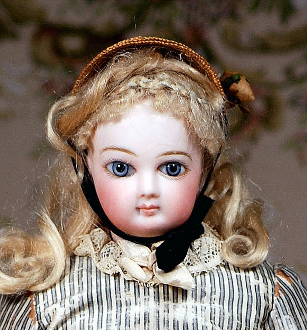 FRENCH BISQUE POUPEE BY JUMEAU IN ORIGINAL COSTUME - 3