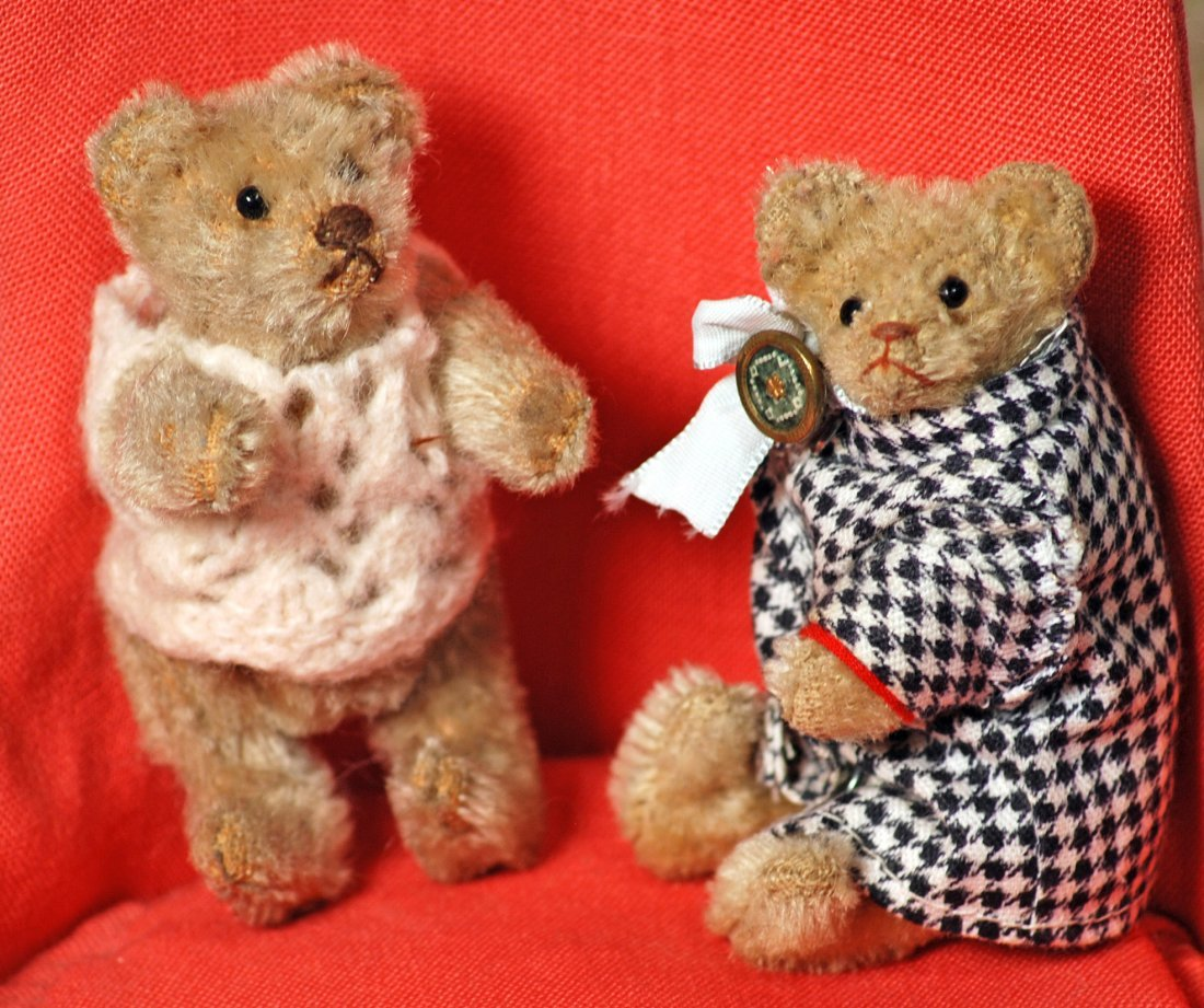 TWO MINIATURE MOHAIR BEARS
