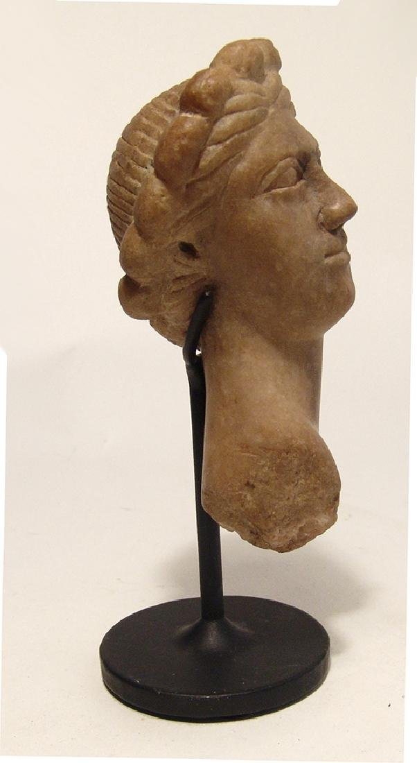 A lovely Roman marble head of Aphrodite - 3