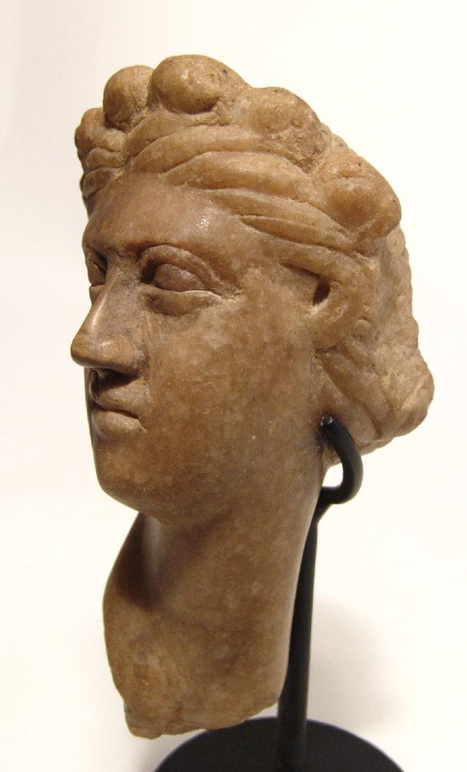 A lovely Roman marble head of Aphrodite - 5