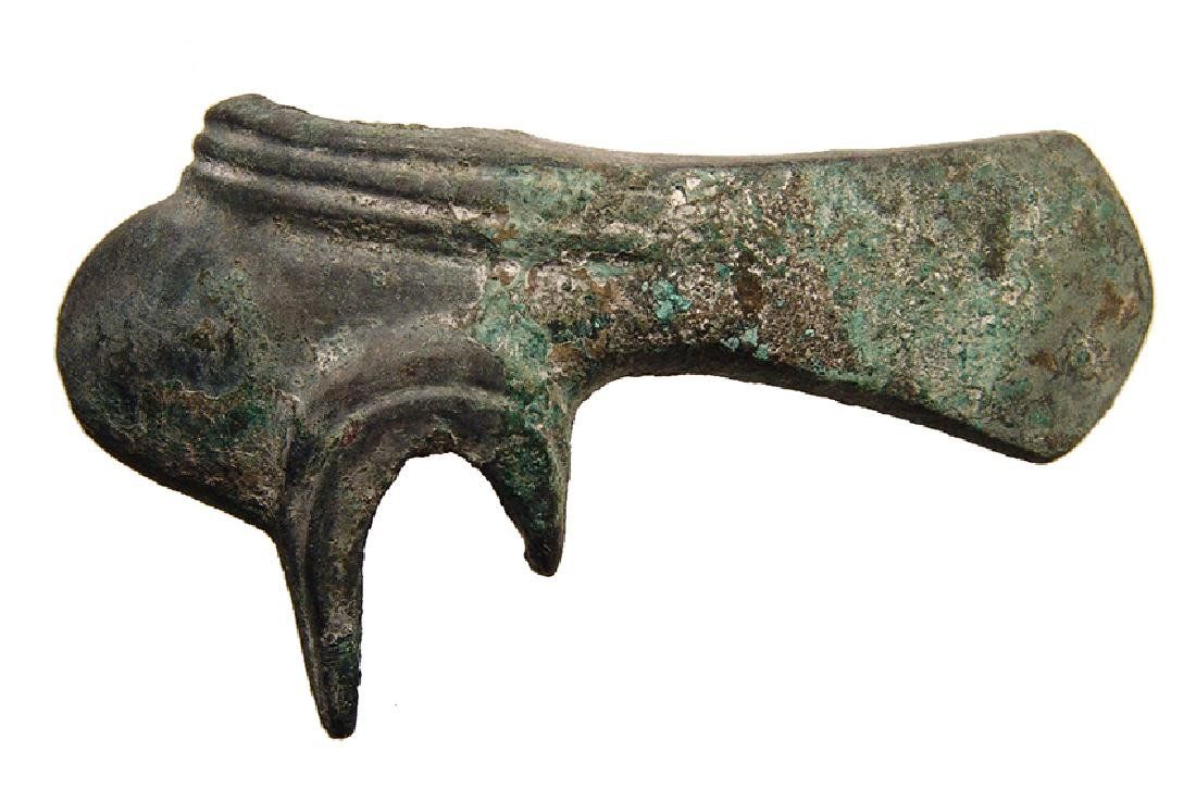 An attractive Near Eastern bronze axe head - 2
