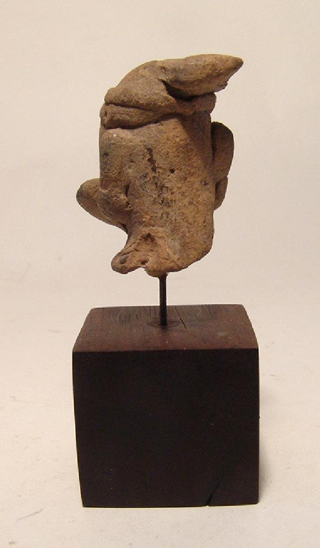 A Kushan ceramic head of a man - 3
