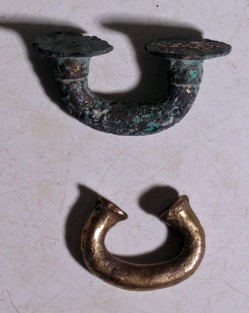 A pair of Sinu nose ornaments from Colombia - 3