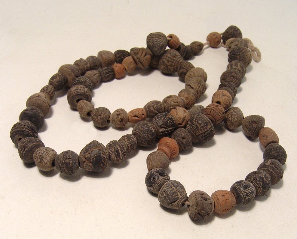 A strand of Precolumbian terracotta beads, Ecuador - 4