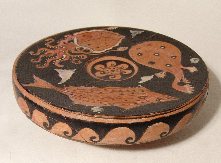 A fantastic Greek red-figure fish plate, Campania - 2