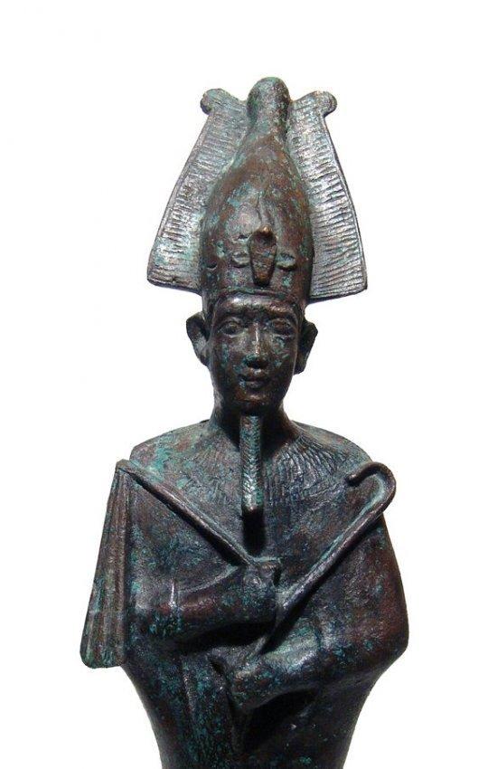 A large and impressive Egyptian bronze figure of Osiris - 2
