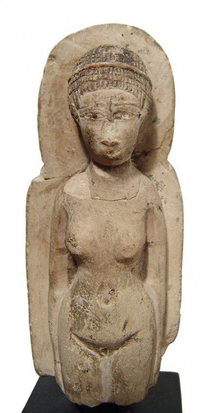 Detailed Egyptian limestone figure of a concubine - 4