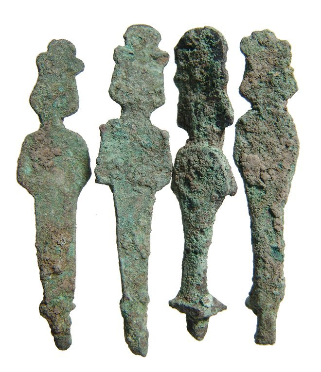 A group of 4 bronze figures of Osiris, Late Period - 2