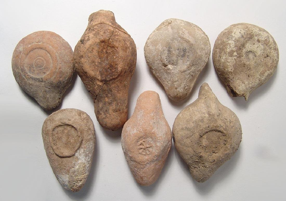 7 ancient terracotta oil lamps from the Holy Land - 2
