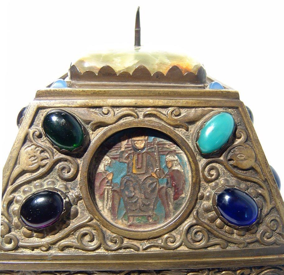 Wonderfully ornamented 19th C. bronze box, French - 6
