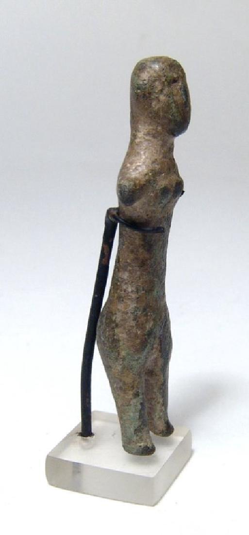 A Levantine bronze female figure - 2