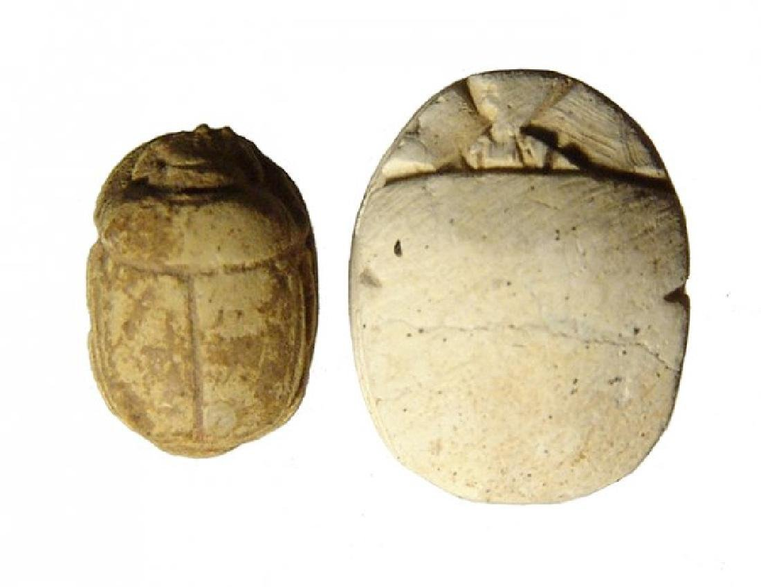 A lot of 2 Egyptian steatite scarabs - 2