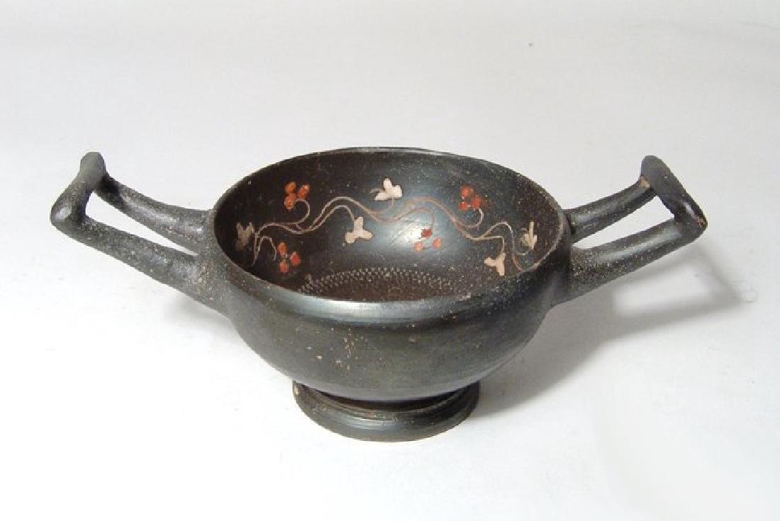 A Greek black-ware kylix, Magnia Graecia - 3