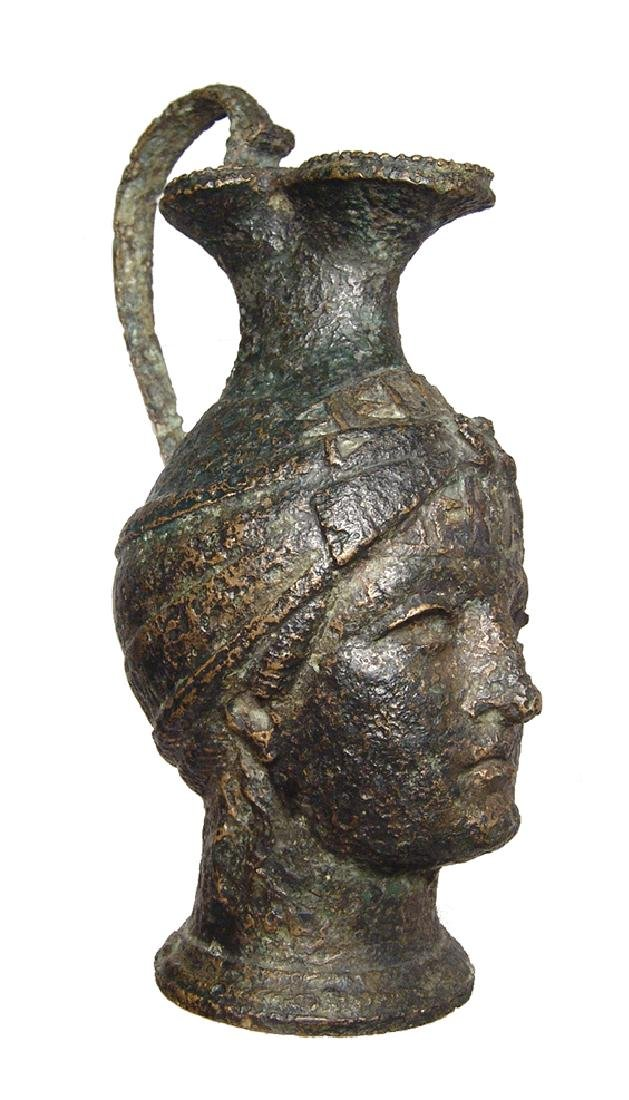 Fantastic Roman bronze olpe in form of a female head - 4