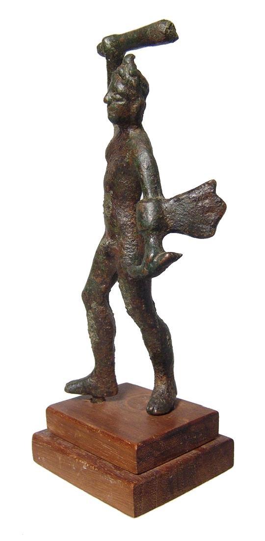An attractive Etruscan bronze figure of Herakles - 3