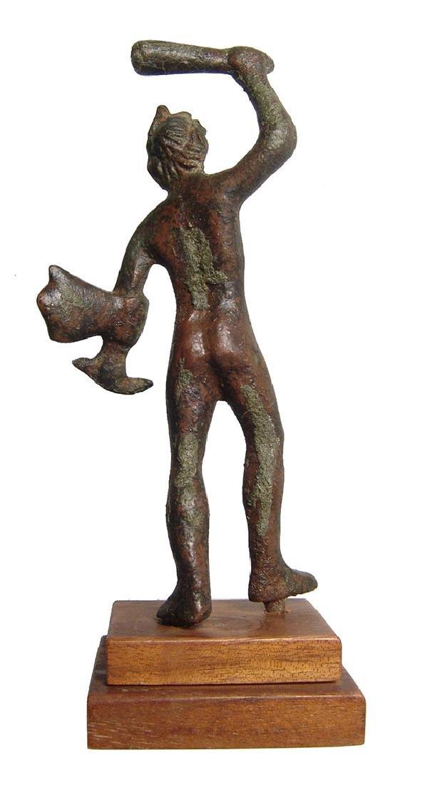 An attractive Etruscan bronze figure of Herakles - 4