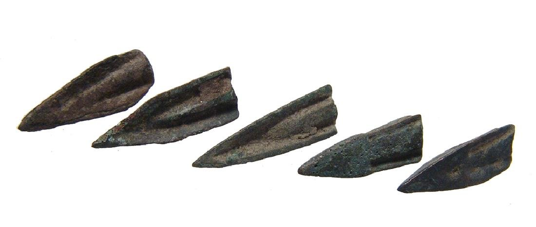 A group of 5 Roman Republic small bronze arrowheads