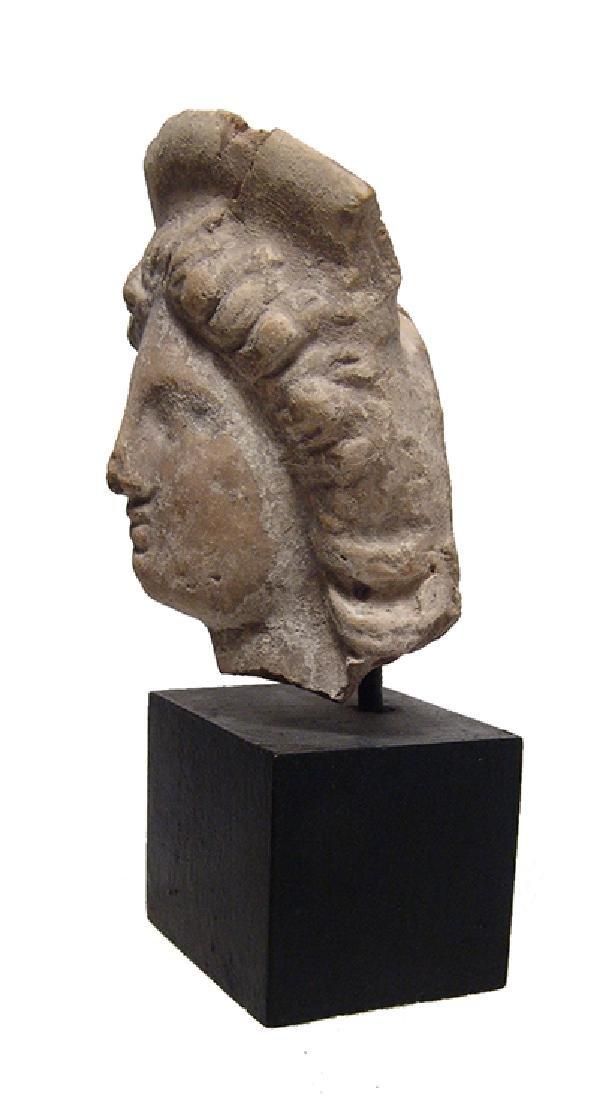 A lovely Greek ceramic head of a woman - 2