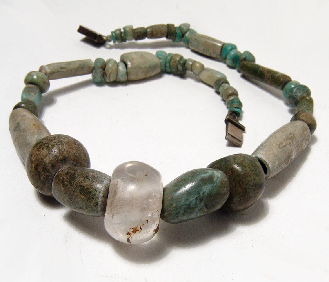 A nice Pre-Columbian jade and greenstone necklace - 2