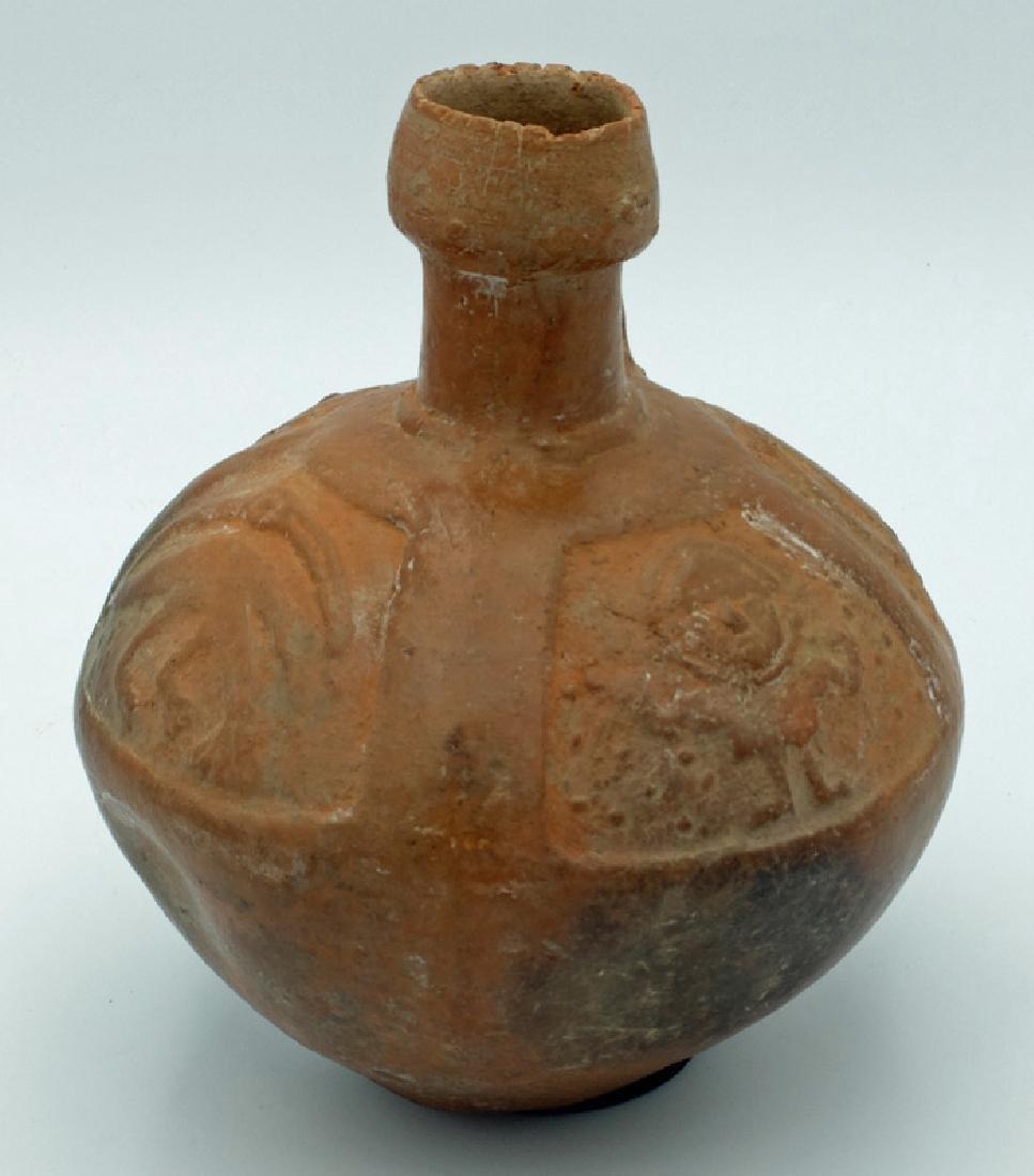 A fine Pre-Columbian orange-ware bottle - 2