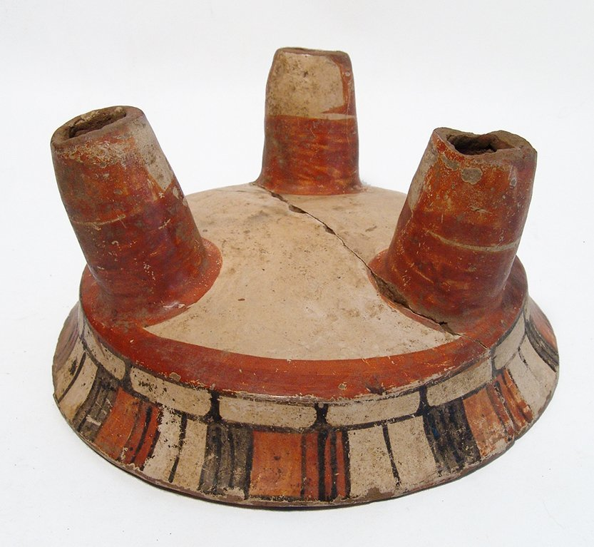 A nice Maya polychrome tripod bowl - 4