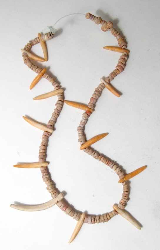 A Spondylus shell necklace from Costa Rica