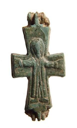 A lovely Byzantine bronze reliquary cross