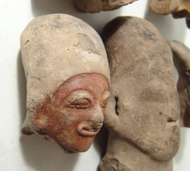 5 Jamacoaque and La Tolita-Tumaco large ceramic heads - 3