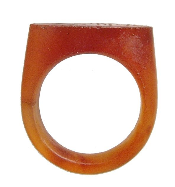 A lovely Egyptian carnelian ring, New Kingdom - 3
