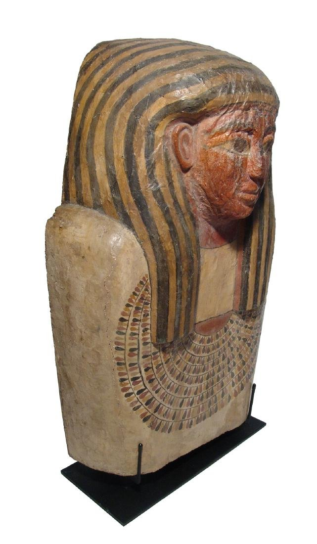 A stunning upper portion of an Egyptian sarcophagus lid - 3