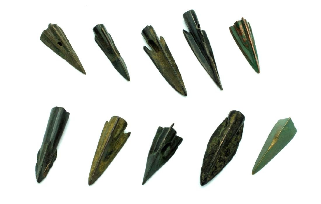 Group of 10 Roman Republic bronze arrowheads