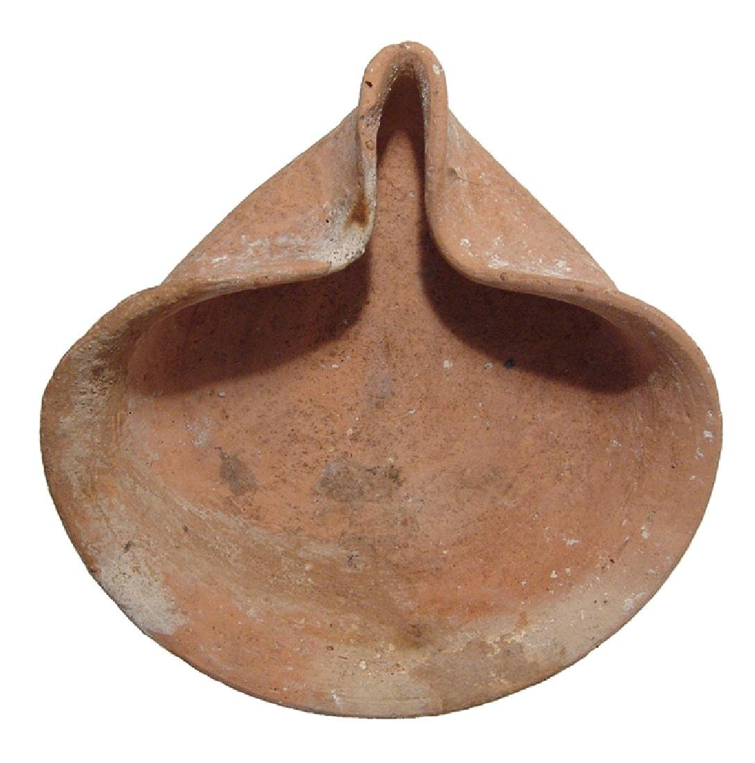 Late Bronze Age ceramic pinched lamp, Holy Land