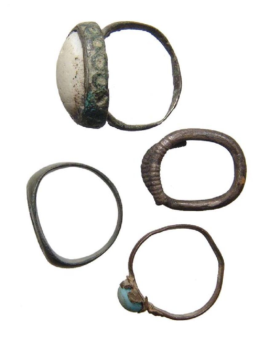 A lot of 4 rings, Roman-Medieval