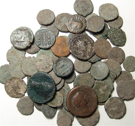A lot of 50+ uncleaned ancient Roman bronze coins