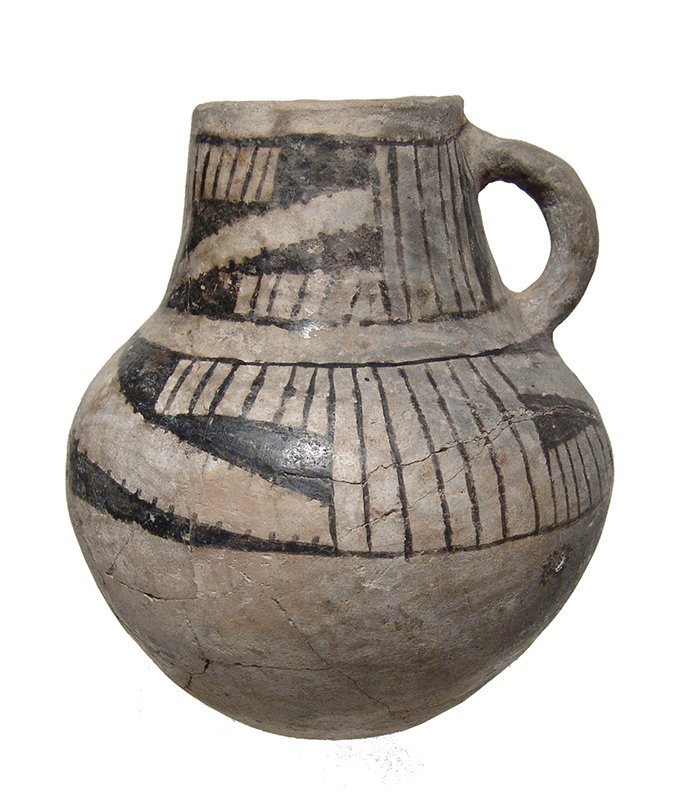 An Anasazi Mesa Verde ceramic pitcher - 2