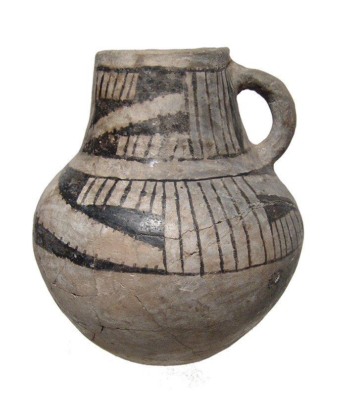 An Anasazi Mesa Verde ceramic pitcher - 2