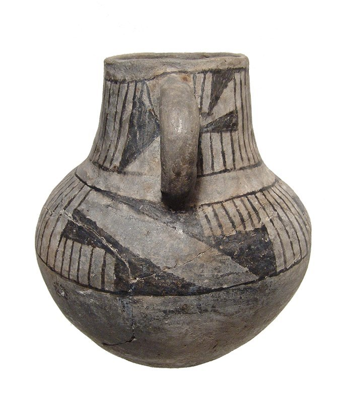 An Anasazi Mesa Verde ceramic pitcher - 3