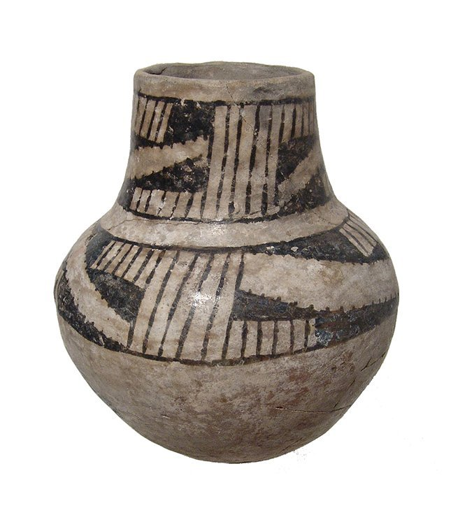 An Anasazi Mesa Verde ceramic pitcher - 4