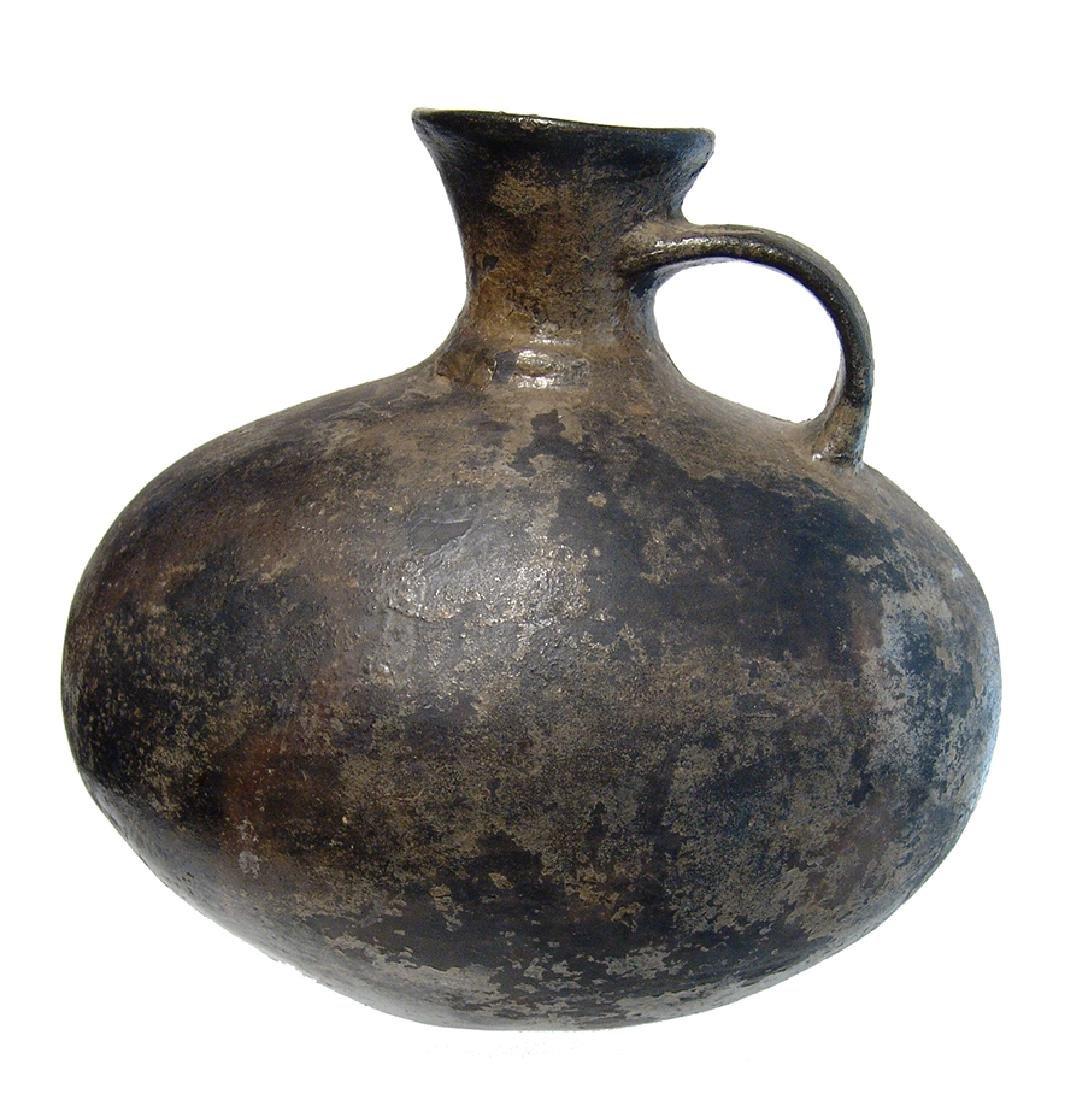 A nice Pre-Columbian black-ware vessel