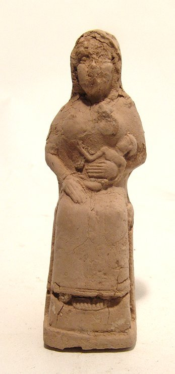 A nice Old Babylonian terracotta seated woman
