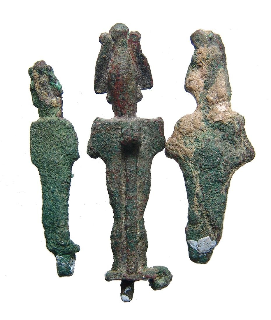 A group of 3 Egyptian bronze Osiris figurines - 2