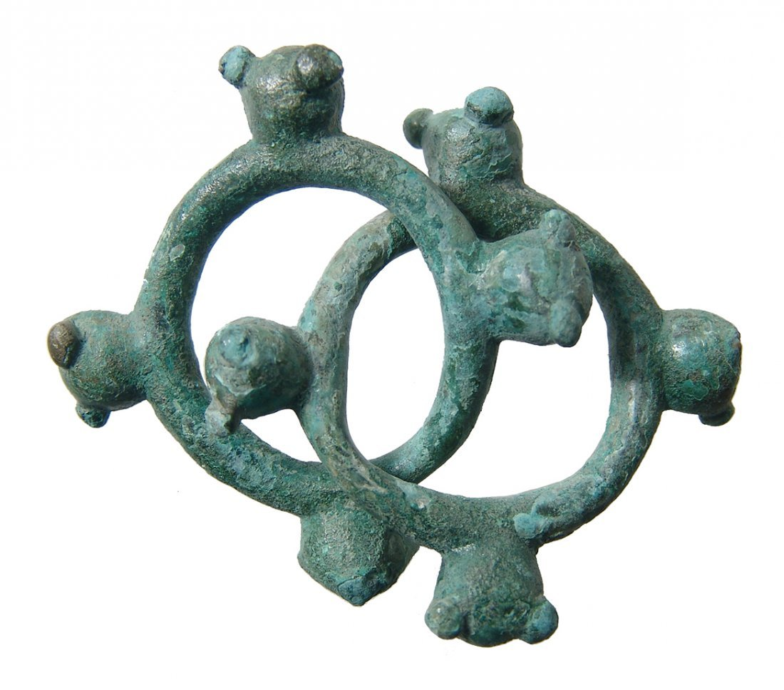 A pair of heavy Celtic knobbed rings