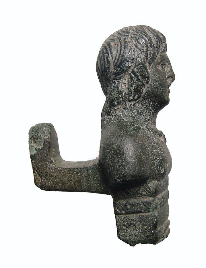 A nice Roman bronze chariot mount - 3