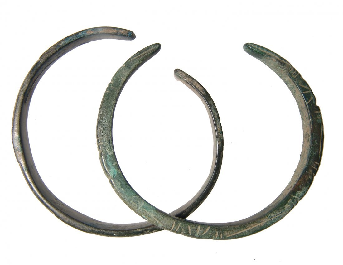 A pair of nice Roman bronze bracelets - 2