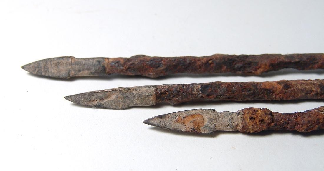 Group of 3 Chinese iron & bronze arrow/ballista points - 2