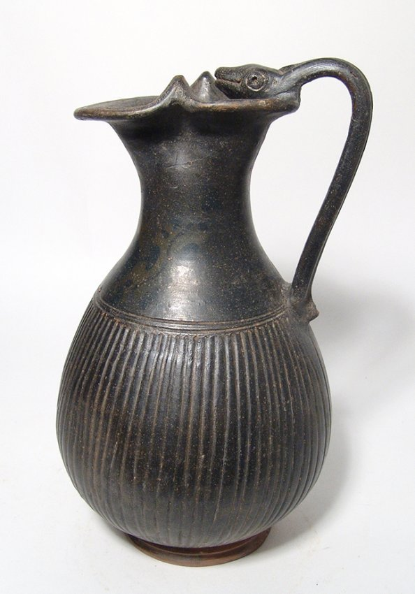 A lovely Apulian Greek ribbed olpe with animal handle - 2