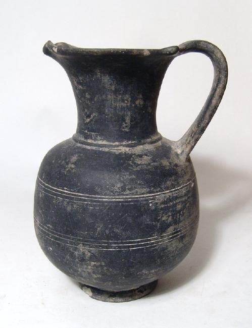 A nice Etruscan bucchero oinochoe, Italic